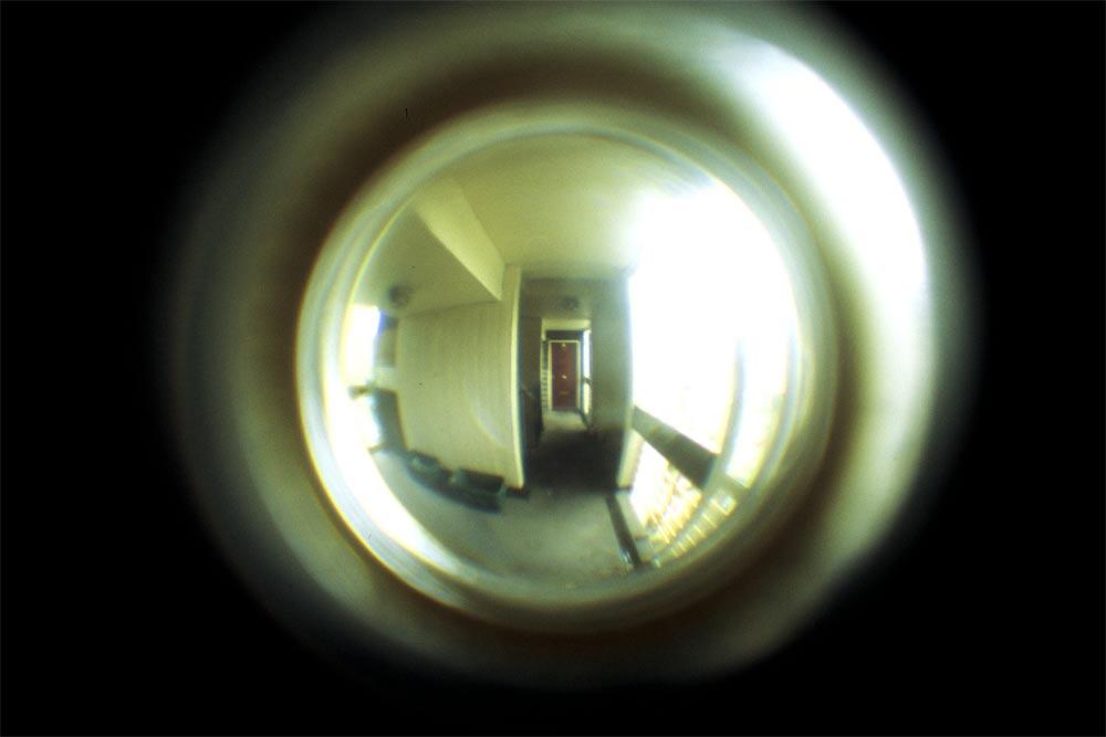 peephole-camera